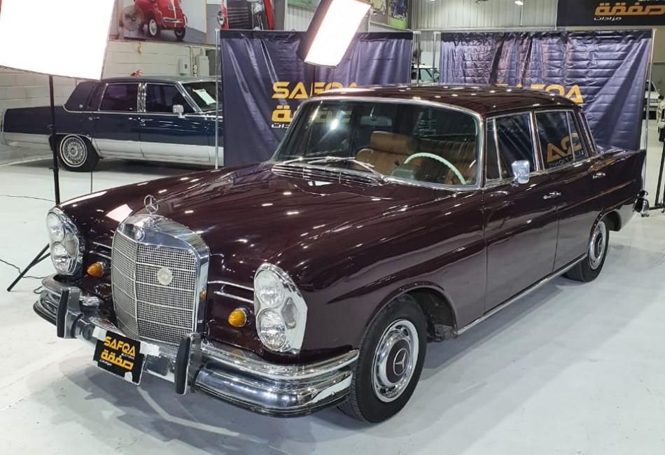 مرسيدس 230S 1966